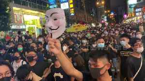 News video: Hong Kong protestors block major roads in Kowloon, forcing motorists to turn around