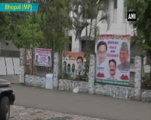 News video: Poster appealing Rahul to appoint Jyotiraditya Scindia as Party President seen in Bhopal