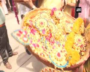 Jagannath temple in Ahmedabad gets the gift of silver chariot from Muslims [Video]