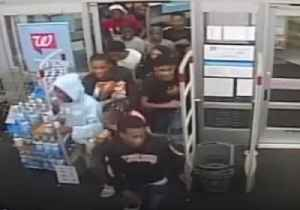 Sixty People Storm Philadelphia Walgreens Store in Large Robbery, Police Say [Video]