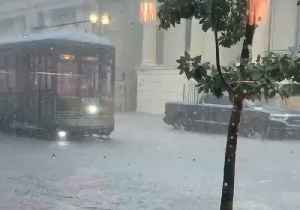 News video: Streetcar Travels Through Flood as Heavy Rain Hits New Orleans