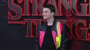 Noah Schnapp 'doesn't think' his 'Stranger Things' character is gay [Video]
