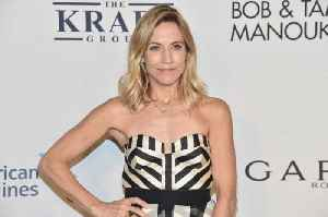 Sheryl Crow leads 'young' life [Video]