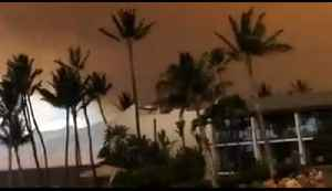 Smoke Looms Over Luxury Resort as Maui Fire Rages [Video]