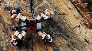See NASA's 64-Fingered Robot Scale a Cliff to Advance Mars Tech [Video]
