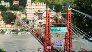 Iconic Lakshman Jhula in distress, to be closed down | Oneindia News [Video]