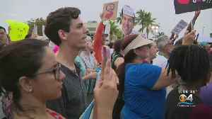 News video: Over 300 Gather To Protest Homestead Detention Center