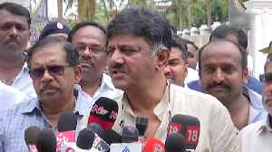 Karnataka: Congress' Shivakumar meets rebel Nagaraj, says 'he'll be with us' [Video]