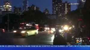 Massive Power Outage Shuts Down Most Of Manhattan [Video]