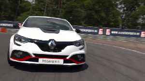 2019 New Renault MÉGANE R.S. TROPHY-R on the track [Video]