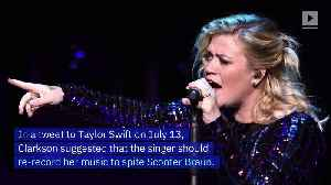 Kelly Clarkson Advises Taylor Swiftto Re-Release Old Songs [Video]