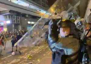 Police and Protesters Clash at Hong Kong Shopping Mall [Video]