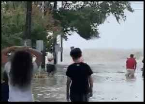 Streets Flooded Off Lake Pontchartrain as Barry Weakens Over Louisiana [Video]
