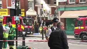 Firefighters battle blaze at shop in central London [Video]