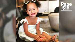 Why Chrissy Teigen's daughter, Luna, is Hollywood's 'It' toddler [Video]