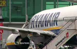 Ryanair cuts 2020 passenger forecast, fearing Boeing MAX delays [Video]
