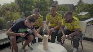 Aubameyang, Lacazette & Mkhitaryan! -'You're Cheating!'-Retro Games [Video]