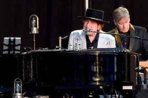 News video: Bob Dylan and Neil Young duet for first time in over a decade