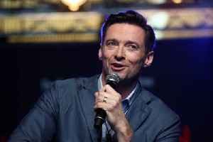 Hugh Jackman warns fans against alleged scammer [Video]