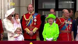 When Do the Royal Kids Have to Start Bowing or Curtsying to the Queen? [Video]