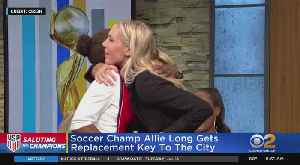 Allie Long Gets New Key To NYC [Video]