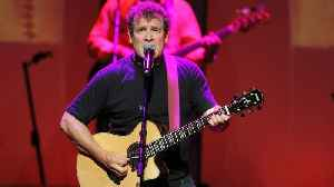 Singer Johnny Clegg, South Africa's 'White Zulu', dies at 66 [Video]