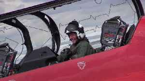 Astronaut Tim Peake joins Red Arrows for military air show flight [Video]