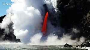 Volcano erupts in Hawaii [Video]