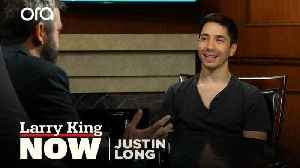 'His message is consistent': Justin Long on why he supports Bernie Sanders [Video]