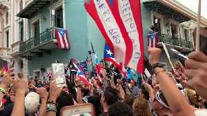 Presidential Hopeful Tulsi Gabbard Joins Protesters in San Juan to Call for Resignation of Governor [Video]