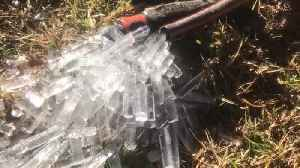 Pressurized Pipe Pushes Out Ice [Video]