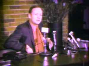 Neil Armstrong talks about prospect of manned landing on Mars during 1971 news conference [Video]