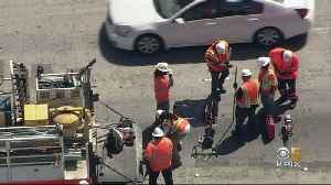 Pothole on I-880 Brings Pain to Evening Commute [Video]
