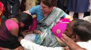Sonbhadra victim's families break down after meeting Priyanka Gandhi [Video]