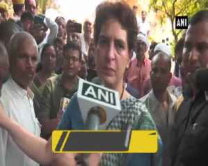 Sonbhadra Firing case Victims family members meet Priyanka Gandhi in UPs Mirzapur [Video]