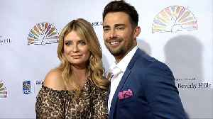 Mischa Barton, Jonathan Bennett 2019 Flaunt It Awards Red Carpet [Video]