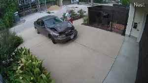 Dude Does Some Quick Body Work in a Driveway [Video]