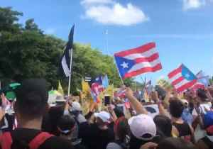 Protesters Shut Down San Juan Highway to Call for Resignation of Puerto Rico Governor [Video]
