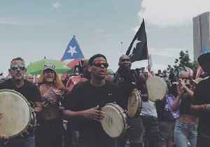 News video: Puerto Ricans Dance and Sing in San Juan Streets During Mass Rally Against Governor