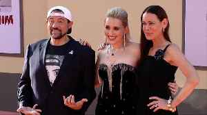 Kevin Smith, Harley Quinn Smith, Jennifer Schwalbach Smith 'Once Upon a Time in Hollywood' World Premiere [Video]