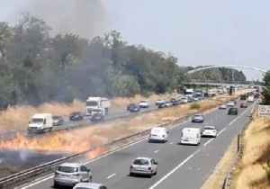 Fire Burns on French Highway During Record-Breaking Heat Wave [Video]
