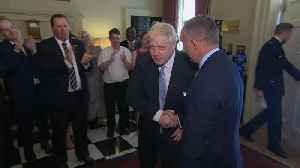 Boris Johnson takes first steps inside Downing Street as PM [Video]