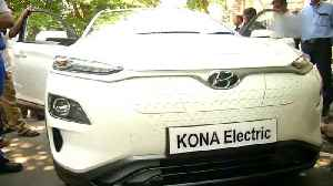 Tamil Nadu CM Palaniswamy flags off Hyundai's electric SUV Kona in Chennai [Video]