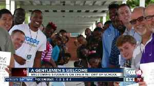Gentleman show up to welcome children at a local school [Video]