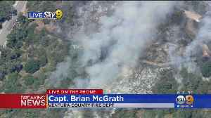 Small Brush Fire Burns In Thousand Oaks Threatening Some Homes [Video]
