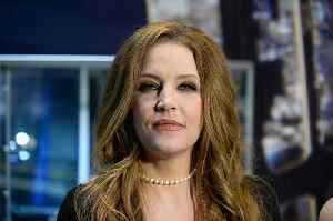Lisa Marie Presley Inks Deal for Tell-All Book About Michael Jackson and Elvis [Video]