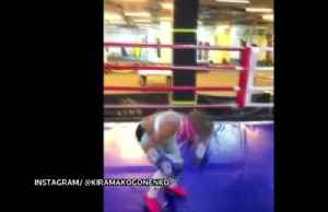 Ukrainian girl shows off blindfolded boxing routine [Video]