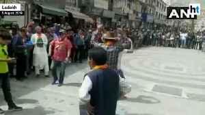 News video: Article 370 scrapped: Ladakh celebrates meeting of 'long pending demand'