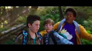 Good Boys movie clip - Attempt to Ditch Drugs [Video]