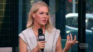 Jennie Garth And Tori Spelling Announced The Reboot Of BH 90210 The Same Day As Luke Perry's Tragic Passing [Video]